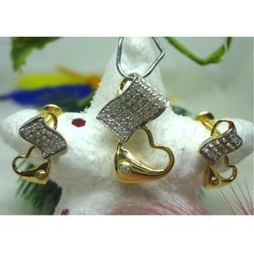 916 GOLD CZ DIAMOND PENDENT SET