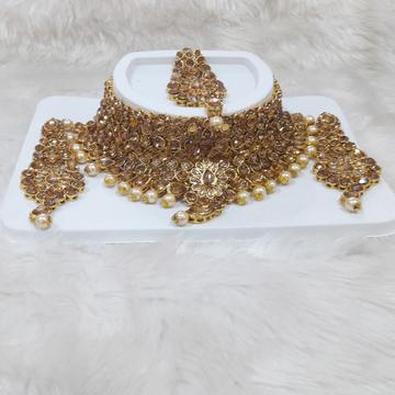 New fancy  diamond necklace  set by