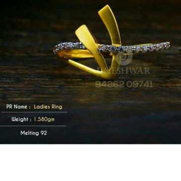 Shine Beuty Gold Cz fancy Ladies Ring LRG -0347