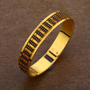 916 Gold Classic Mens Designer Kada MKB19