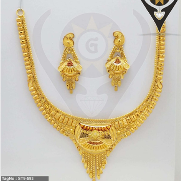 22KT Hallmark Gold Bridal Necklace Set  by Parshwa Jewellers