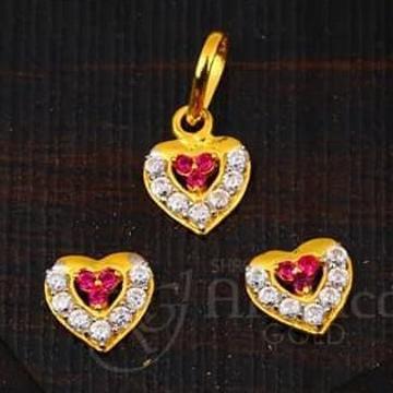 22KT Gold  Heart  Desgin Chain PSet RH-CPS001