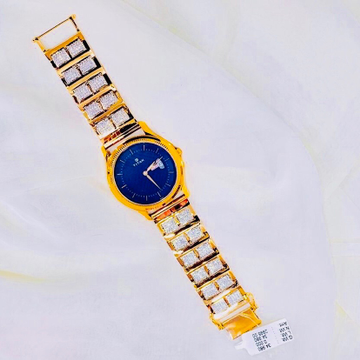 BRANDED FANCY GOLD WATCH