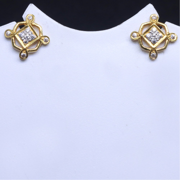 22KT / 916 Gold Delicate Small Design Earring for Ladies BTG0079