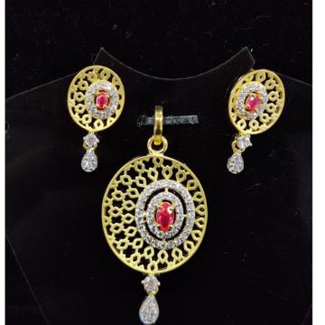 916 Gold 22kt Diamond  Pendal Butti Set RH-PSET05