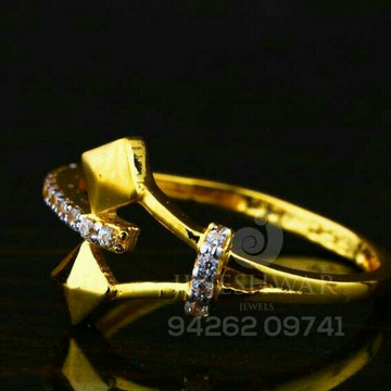Attractive Fancy Cz Ladies Ring LRG -0003
