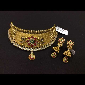 22 K Gold Fancy Choker Set. NJ-N01138