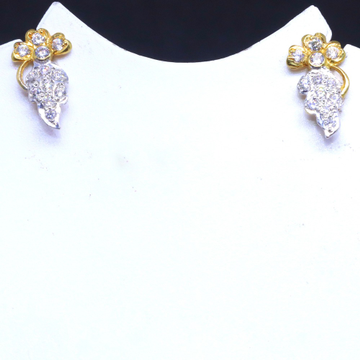 22KT / 916 Gold Delicate Flower Earring for Ladies BTG0040