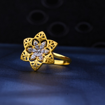 Ladies Ring Cz 916. by