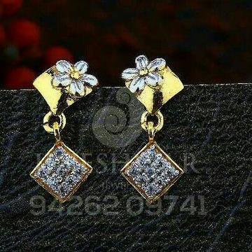 18kt Flower Shape Cz Gold Ladies Tops ATG -0646