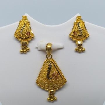 22 kt 916 gold plain pendant set by Zaverat