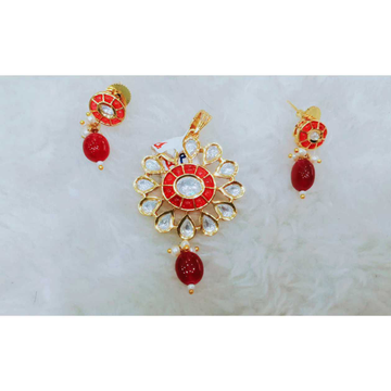 Delicate red and white kundan's pandant set, owal shape hanging beads1069