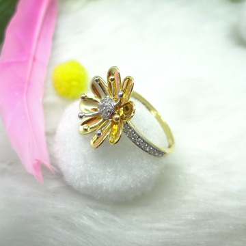 916 Gold Cz Diamond Flower Ladies Ring