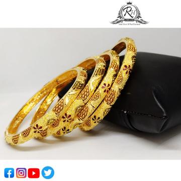 22 carat gold traditional ladies bangles RH-LB421