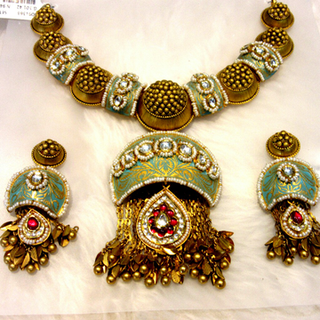 22k 916 Colorful Meena Antique Set by
