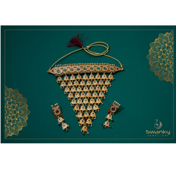 Attractive necklace set with colorful chatons by Swanky Jewellery