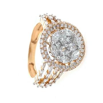 18kt / 750 Rose Gold Fancy Cocktail Diamond Ring 9...