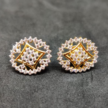 GOLD DIAMOND STUD EARRING BT0034