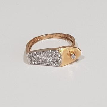 18KT Rose Gold Dazzling Fancy Cz Stone Ring for Women