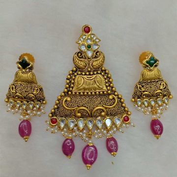 22KT Gold Traditional Pendants Set Aps-009