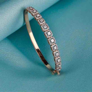 18kt Designer Rose Gold Bracelet by