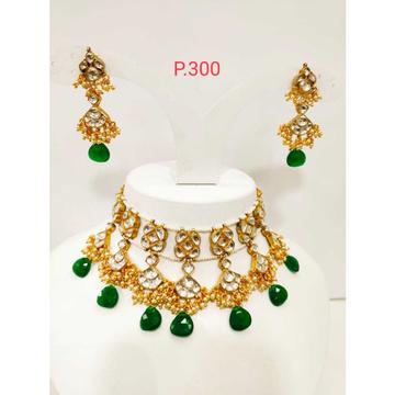 kundan mini choker necklace with emerald beads 1140