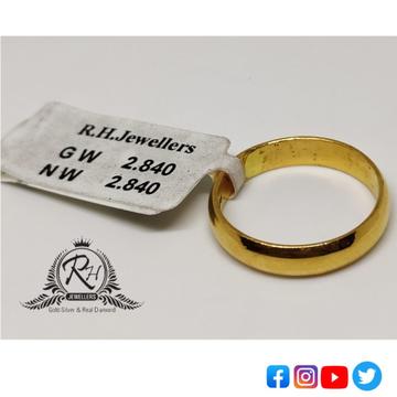 22 carat gold plain gents rings RH-GR577