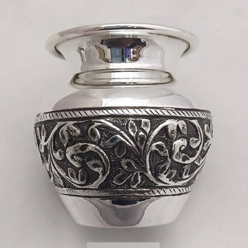 92.5% Pure Silver Kalash In Light Weight And Fine...