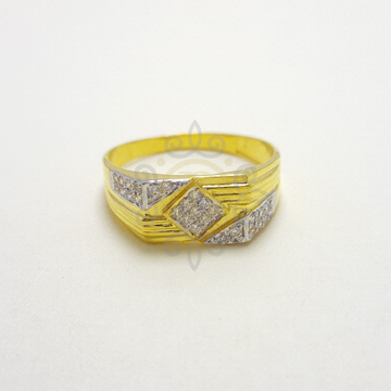 91.66 Gold Gents Ring by