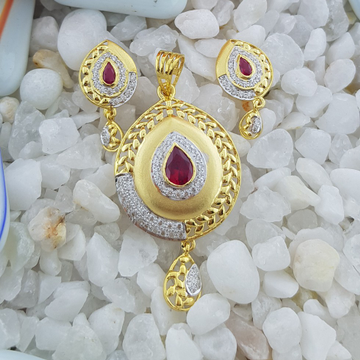 22k red pan Pendant set