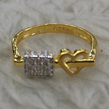 916 Gold Heart Ring LR-0001