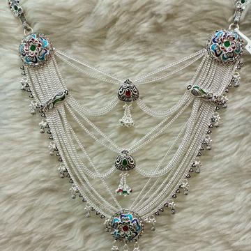 Silver zuda by Narayan Jewellers