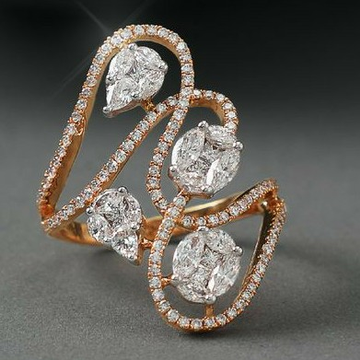 18 KT Rose Gold special occasions Ring for Ladies... by