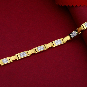 22KT Striking Gold Bracelet For Men