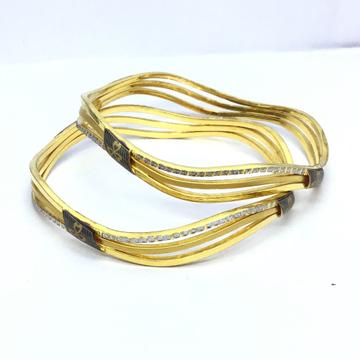 DESIGNED BRANDED FANCY GOLD BANGLES