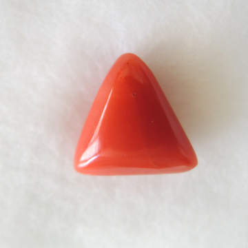 6.30ct triangle natural red-coral (mungaa) KBG-C36