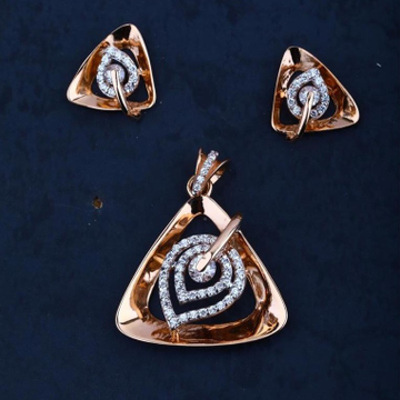18Kt Rose Gold Triangle Pendal Butti Set RRGPSET03