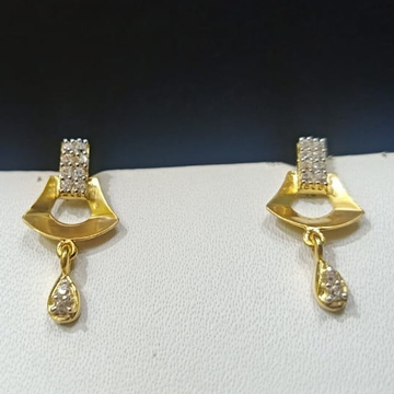 18CT Gold Traditional Design Earring Hallmark For Women  by