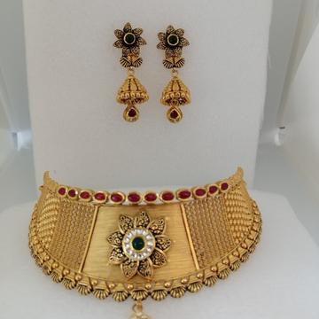 916 gold antique jadtar chokkar set by Vinayak Gold