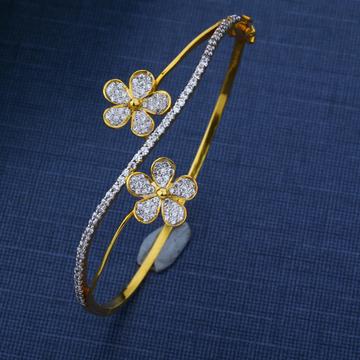 22KT Gold Hallmark Embeyvally Stylish Bracelet