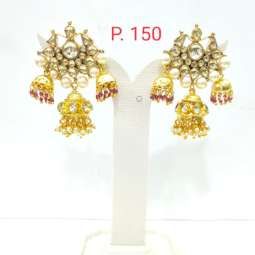 Kundan work with gold plated junkha & antique earrings 1572