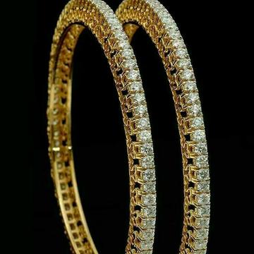 18KT Pair of Modern Designer Diamond Bangle by