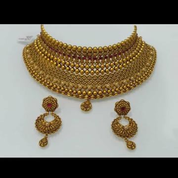gold choker set by Devika Art Jewellery