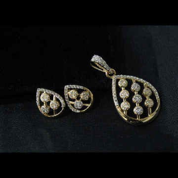 22 K Gold Fancy Pendant Set. nj-p01192