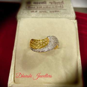 22K Gold Diamond Designer Ring