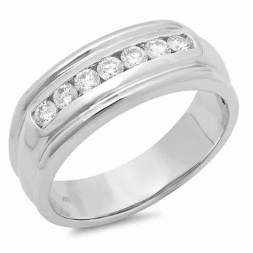 18KT Gold 7 Real Diamonds Round Shape Gents Ring