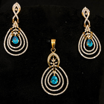 Attractive blue stone diamond pendant set by