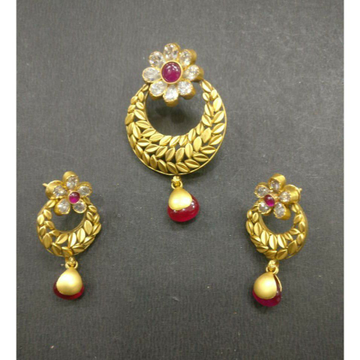 916 gold antique pendant set