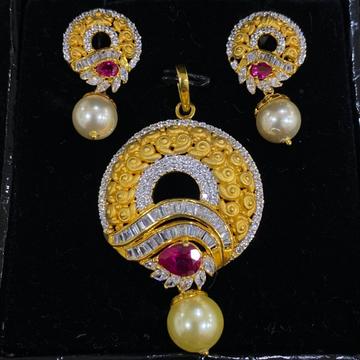 Cz gold pendant set