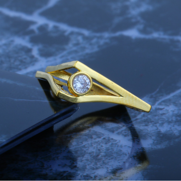 916 CZ Gold Ladies Solitaire Ring JJLR-023